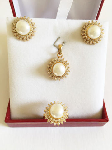 Jewelry set of Earring, Pendant, and Pearl Ring - 14K Solid Yellow Gold - O8