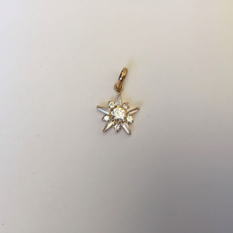 Small 14K Yellow Gold Star Pendant - P266 -