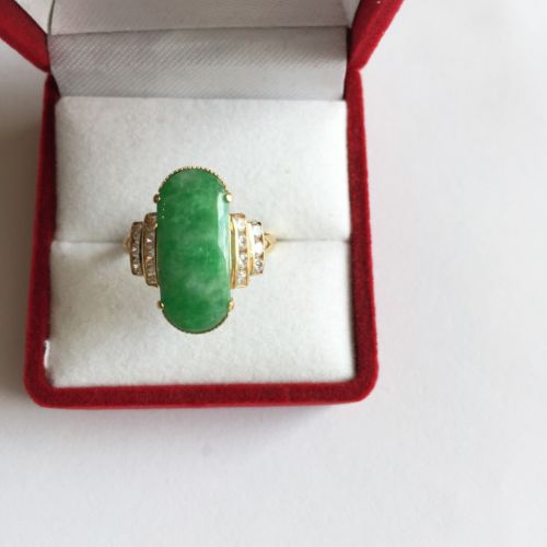 14K Yellow Gold Jade Women Ring - size 7.75 - R36