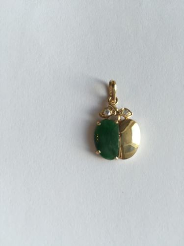 14K Yellow Gold Apple Green Jade Pendant - P64