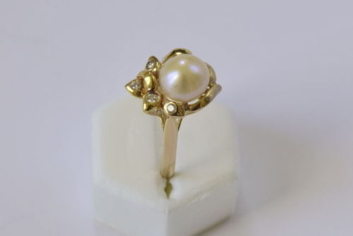 14K Yellow Gold Pearl woman ring - size 5 - R145