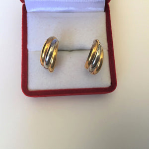 Small14K Yellow Gold Earrings - E144