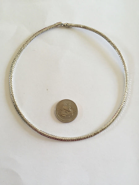 Small 10K White Gold Necklace 4.75 inches (diameter) - C130