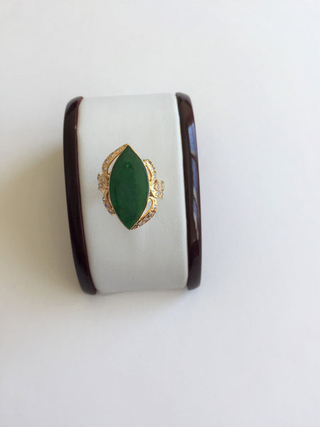 14K Yellow Gold Jade Women Ring - size 10 - R299