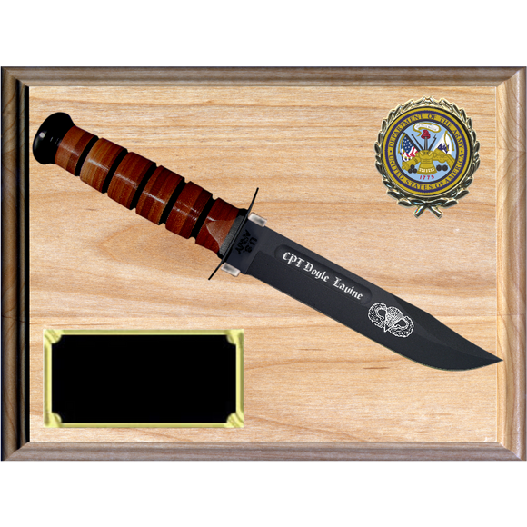 AR36 - ARMY RED ALDER PLAQUE (KA-BAR not included)