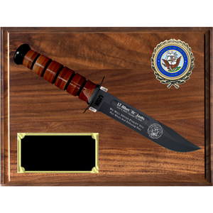 NA28 - NAVY GENUINE WALNUT PLAQUE (KA-BAR not included)