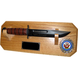 NA12 - NAVY WALL MOUNT - LIGHT OAK (KA-BAR not included)