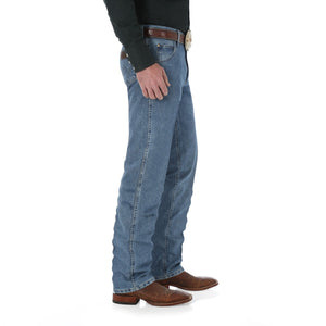 Wrangler Premium Performance Cool Vantage Cowboy Cut Regular Fit Jean