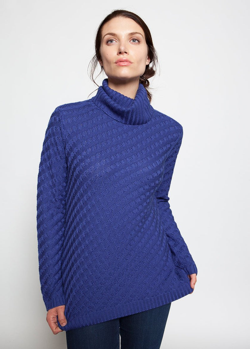 WOMEN IN BLUE FUNNEL NECK SWEATER