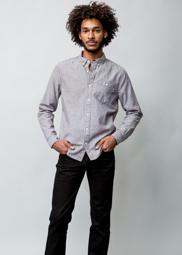 MAN WEARING STRIPED WOVEN DRESS SHIRT WITH STRIPES FRONT VIEW