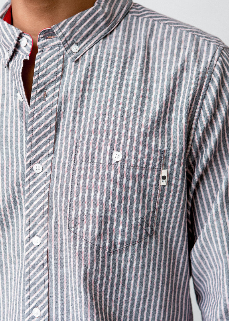 DETAIL OF POCKET ON CHEST OF STRIPED WOVEN DRESS SHIRT WITH STRIPES