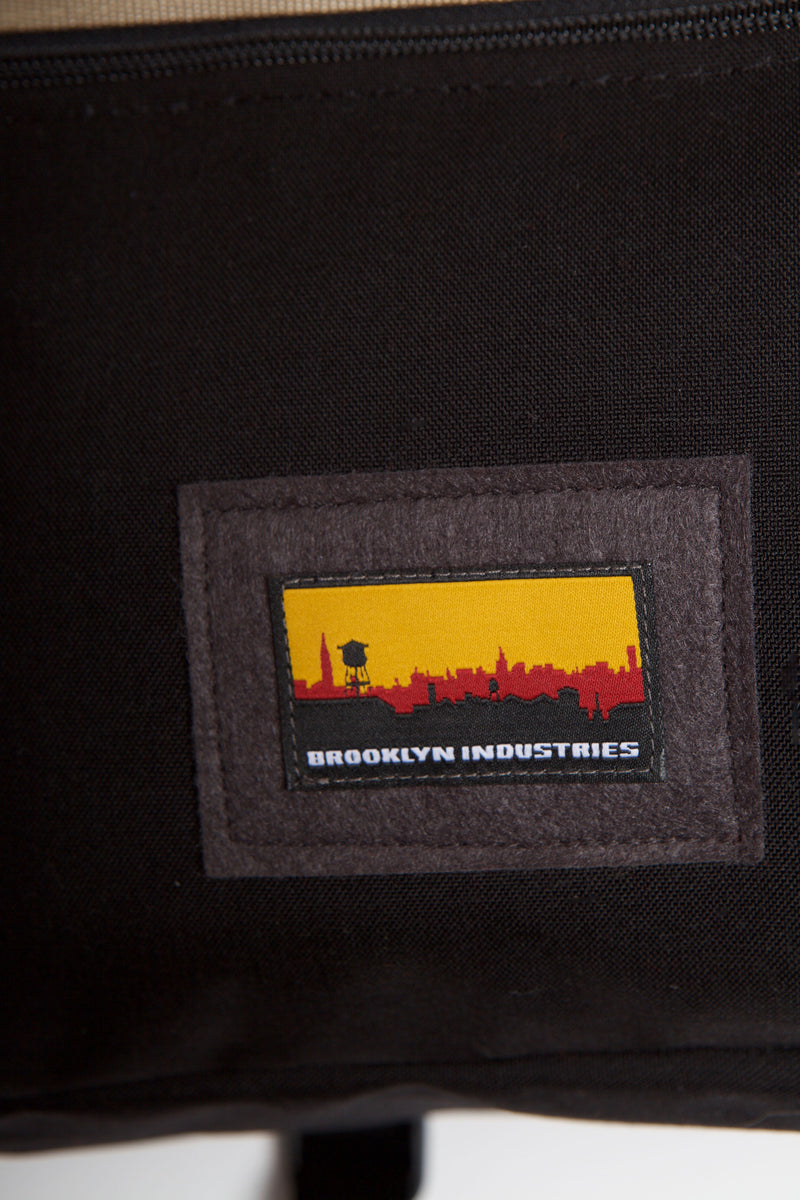 Skyline logo on bag