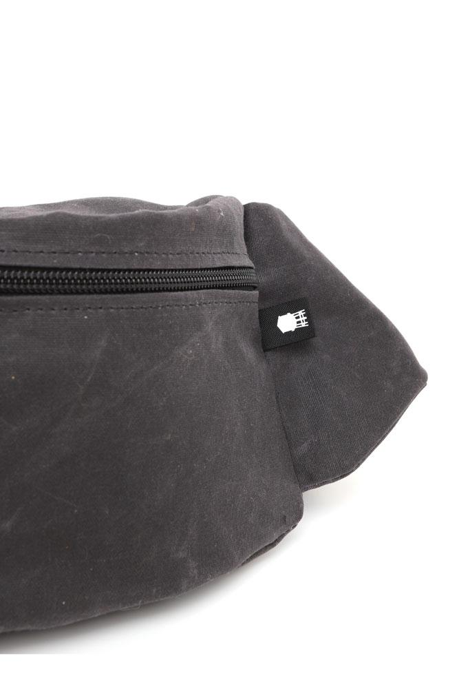 ZEKI WAISTPACK IN COAL WAXED CANVAS DETAIL