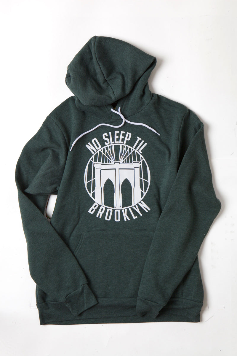 FLAT LAY ROUND NO SLEEP SWEATSHIRT IN DEEP FORREST WITH WHITE GRAPHIC