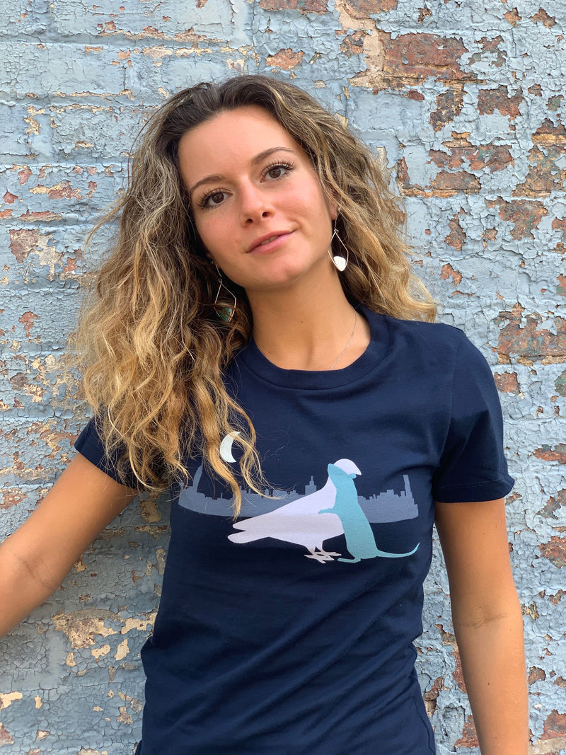 WOMEN SMILING WEARS BLUE LOVE VECTORS T-SHIRT WITH EMBRACING PIGEON AND RAT