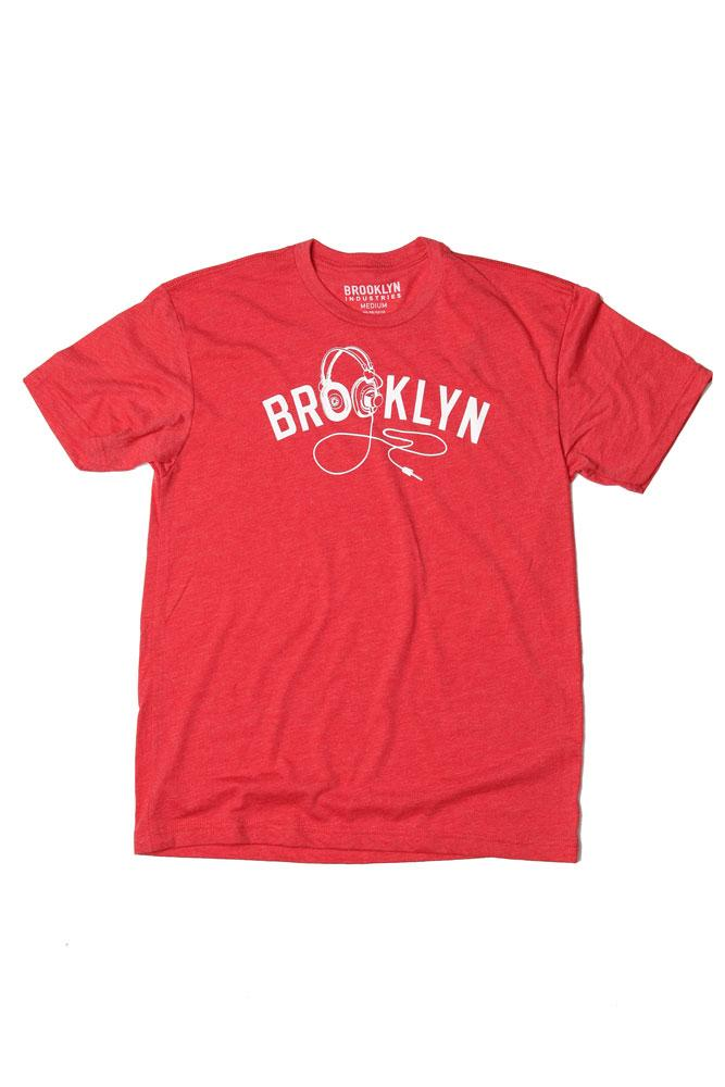 BK PHONES MEN'S T-SHIRT IN VINTAGE RED