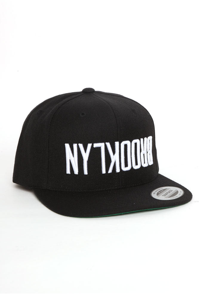 FLIPPED BK SNAP BACK BLACK - BROOKLYN INDUSTRIES