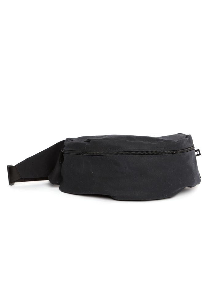 ZEKI WAISTPACK IN BLACK WAXED CANVAS