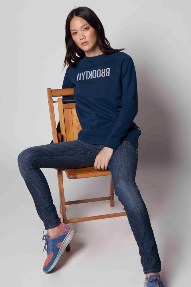 CREW NECK APPLIQUE SWEATSHIRT W - BROOKLYN INDUSTRIES