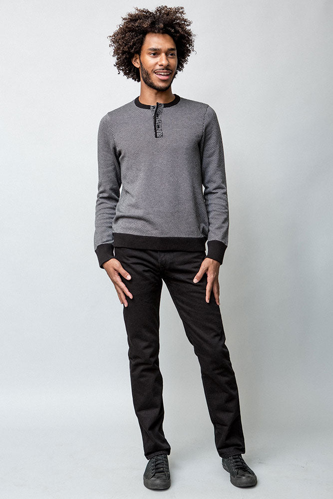 CYPHER HENLEY SWEATER M