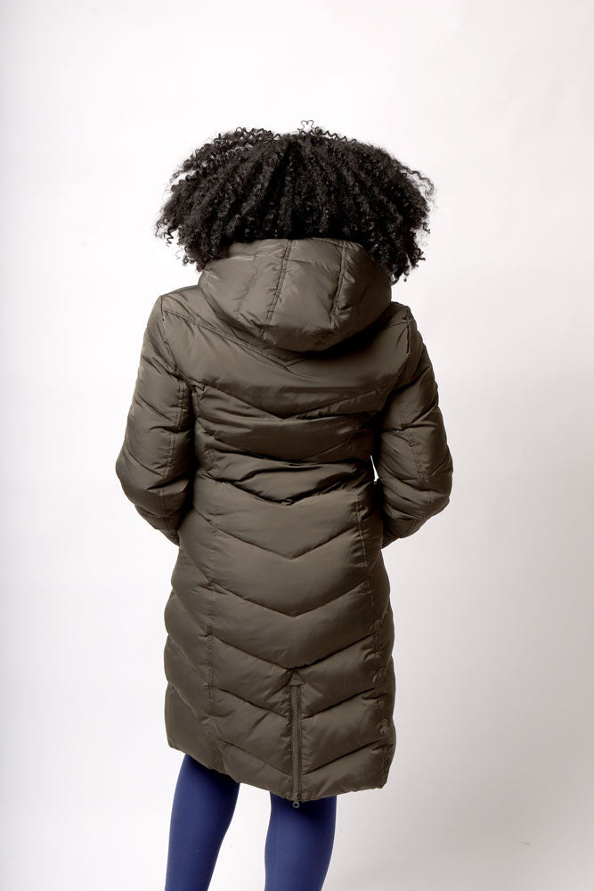back view of women in olive puff fjord coat in olive green