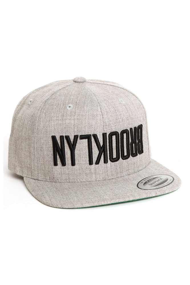 FLIPPED BK SNAP BACK HEATHER GREY - BROOKLYN INDUSTRIES