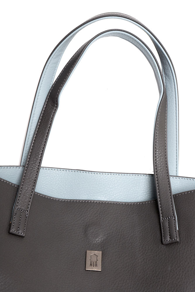 detail of aqua lining in grey pebble vegan tote bag