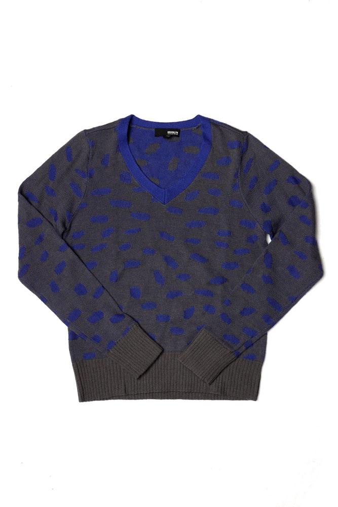 ACYRLIC AND WOOL WOMEN'S V NECK SWEATER IN BLUE AND PEWTER