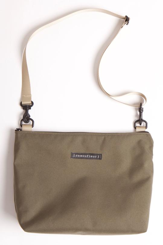 NO 8 CROSS BODY WITH KHAKI ADJUSTABLE STRAP ON RANGER BAG