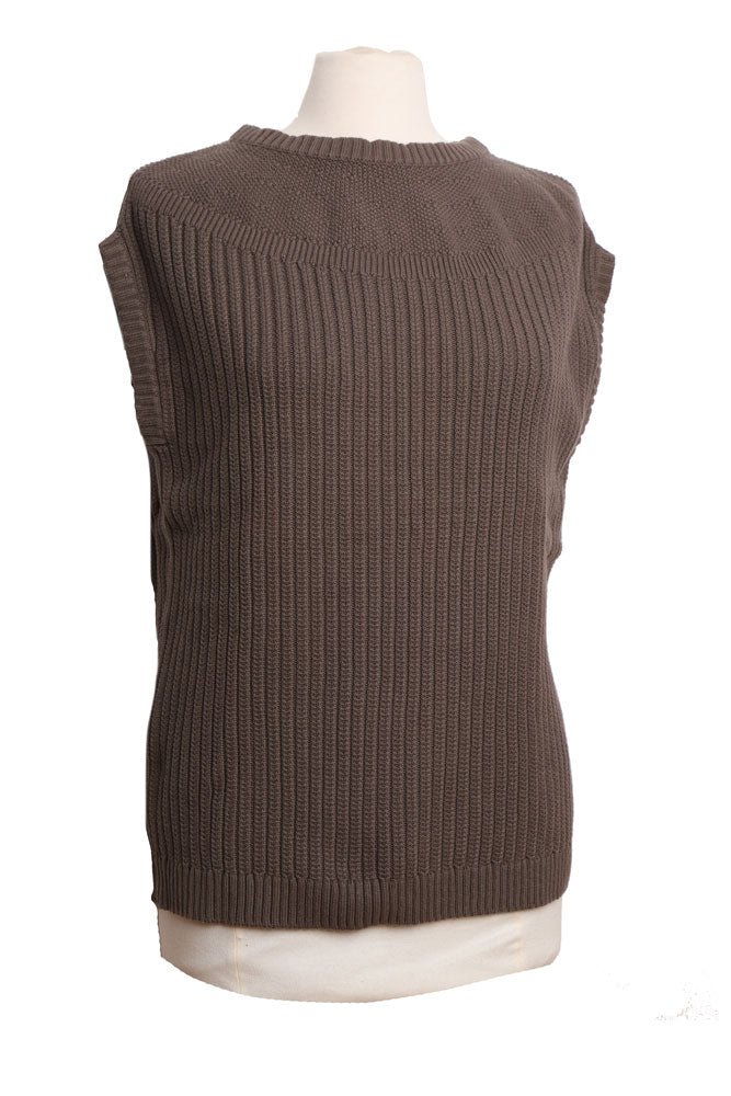 side view sleeveless cable knit sweater vest in brown