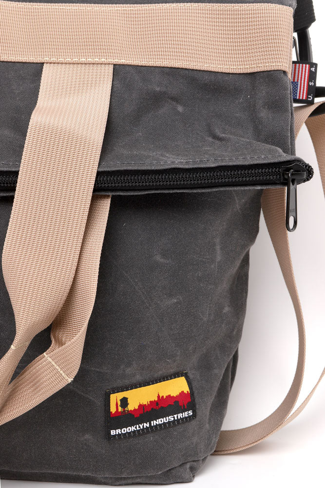 detail of the rhino wax canvas zip messenger bag