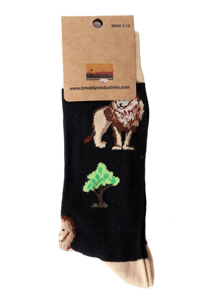 LION SOCKS IN PACKAGING