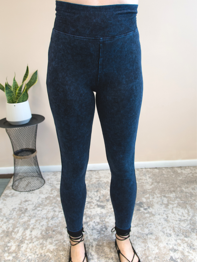 Mineral Wash Leggings