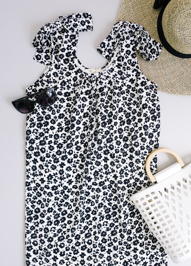 Spotted Rosette Dress In Black
