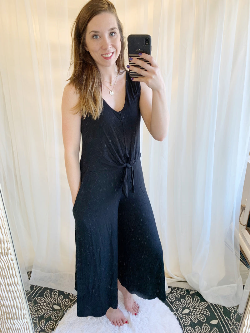 Falling Into You Jumpsuit | Black