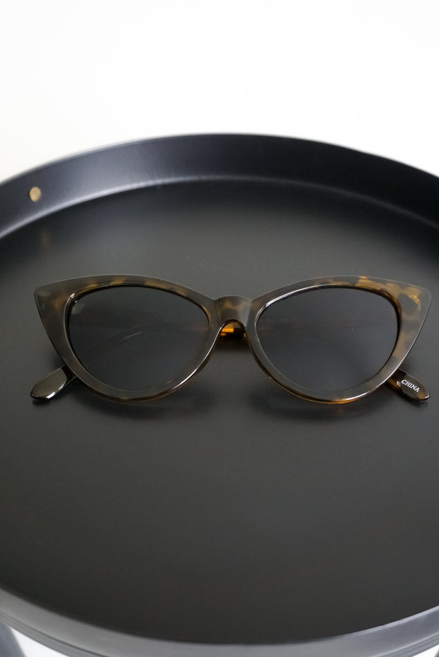 Mrs. Maisel Sunglasses - Welles & Company