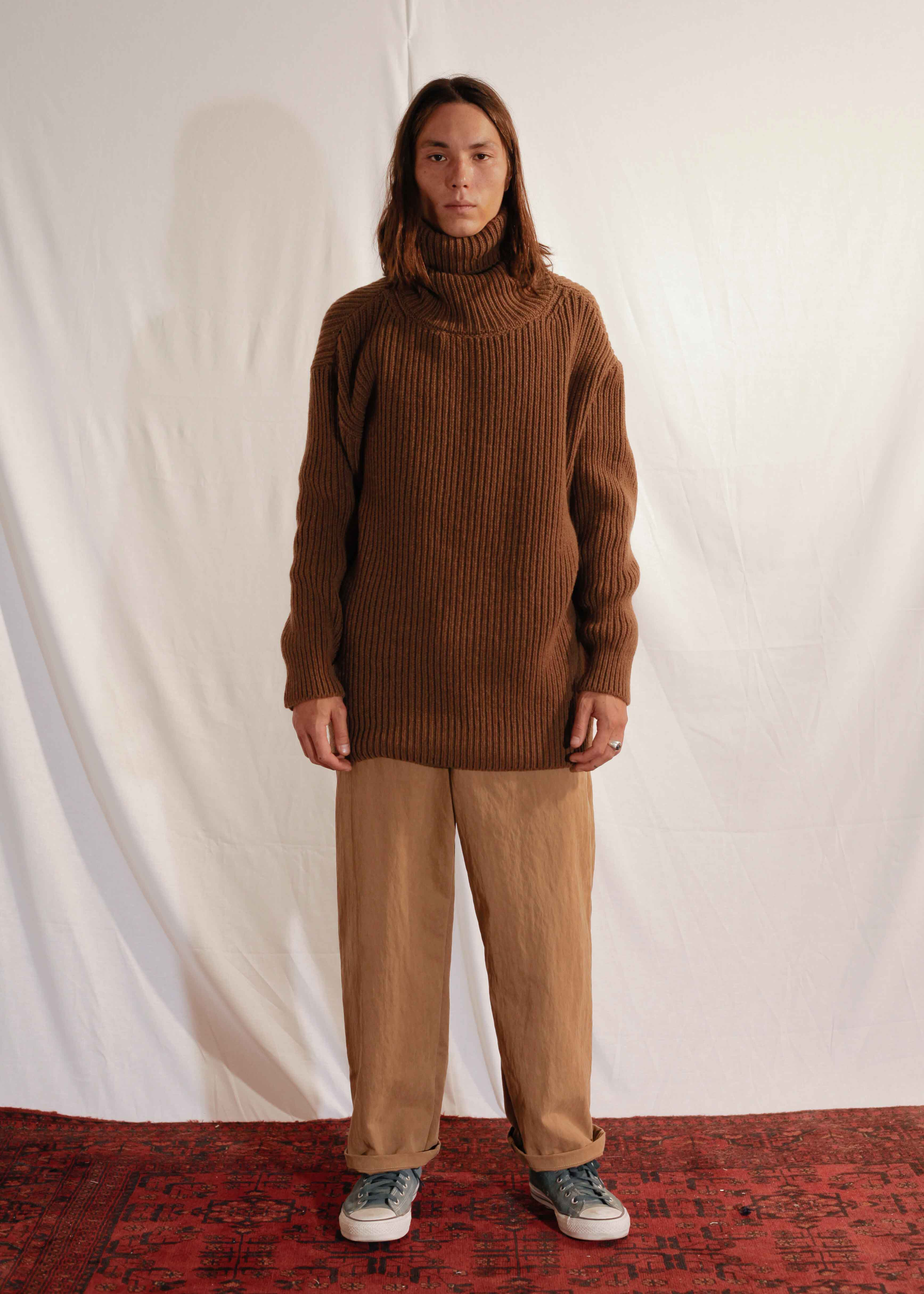 Chunky Turtleneck in Brown