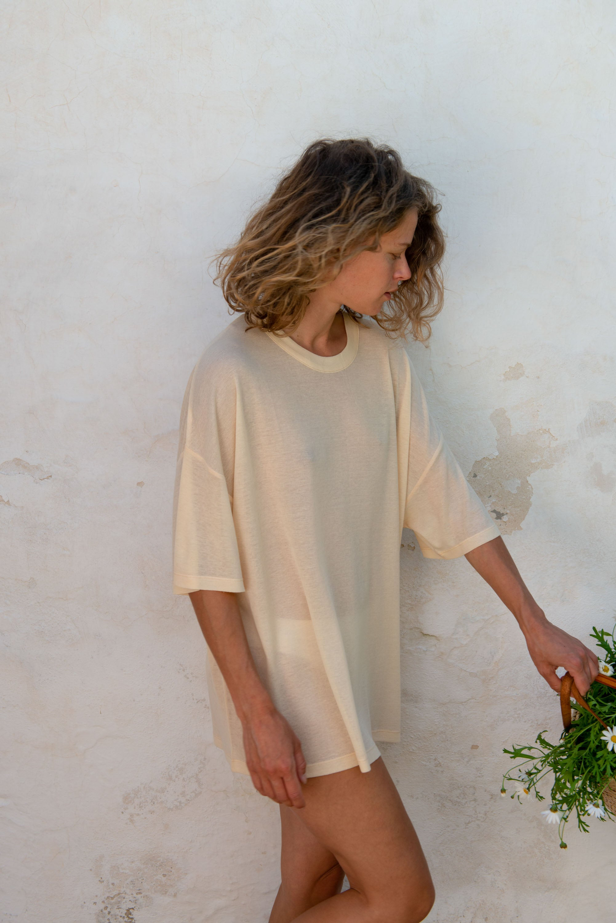 Oversized T-Shirt S/S in Macadamia