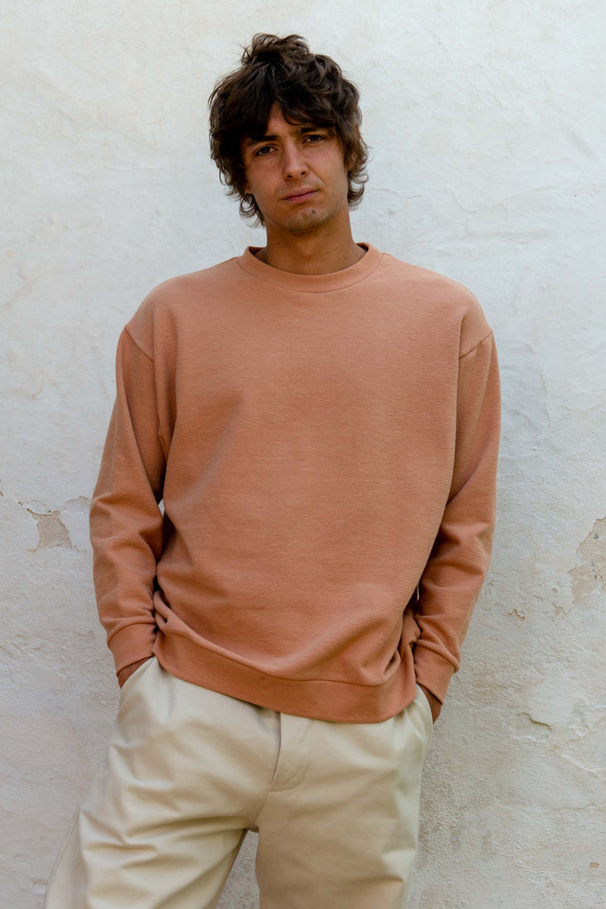Classic Sweatshirt in Toasted Nut