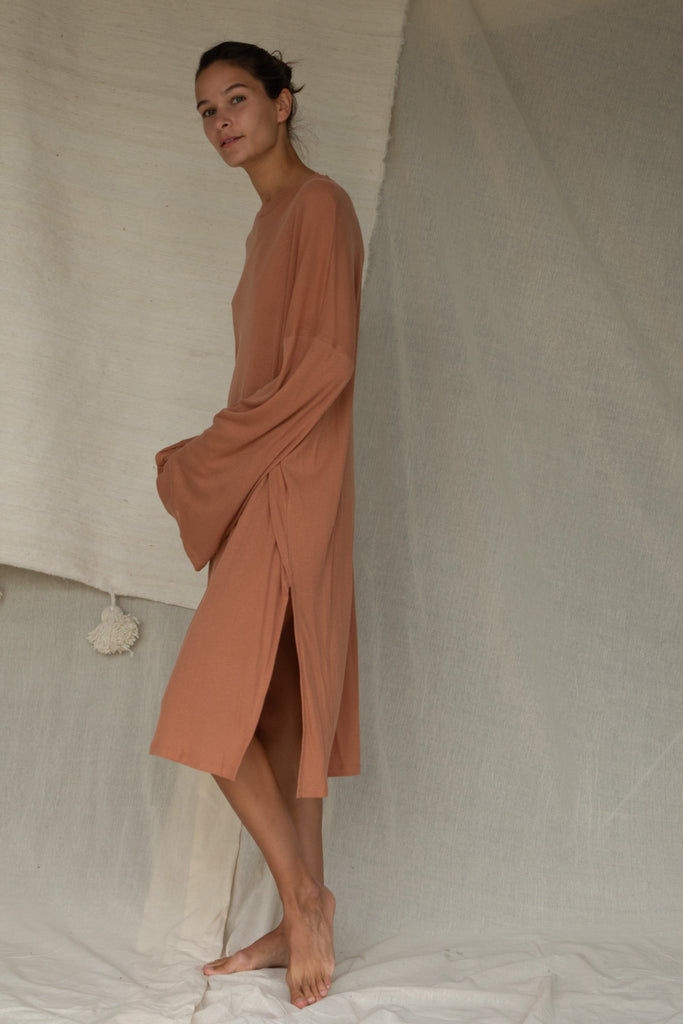 Light Midi Dress in Toasted Nut