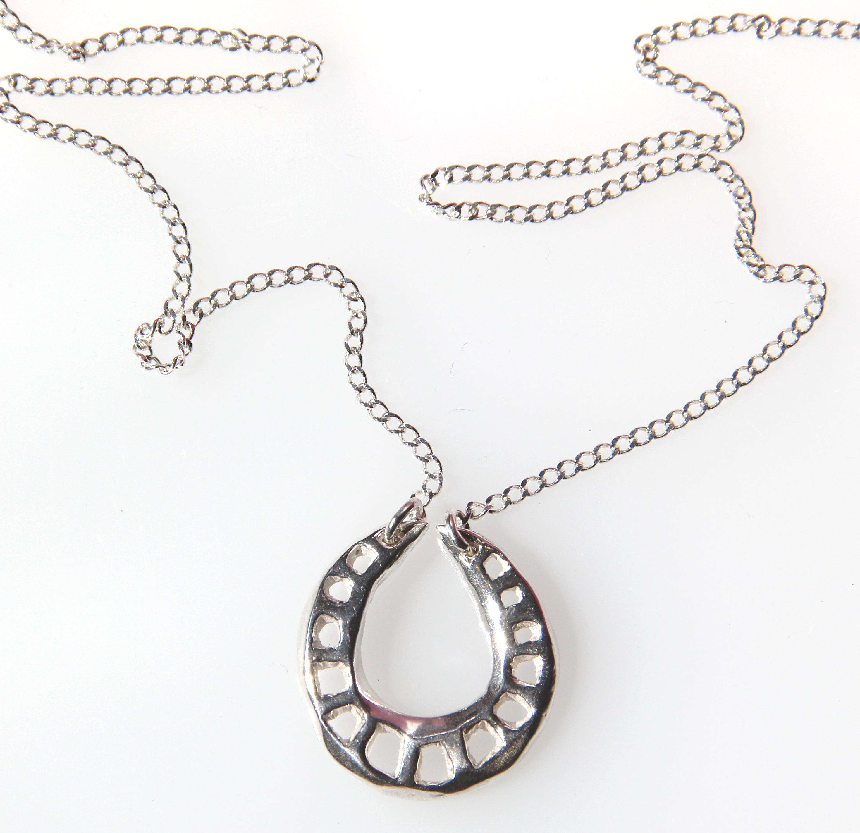Logarithmic Necklace