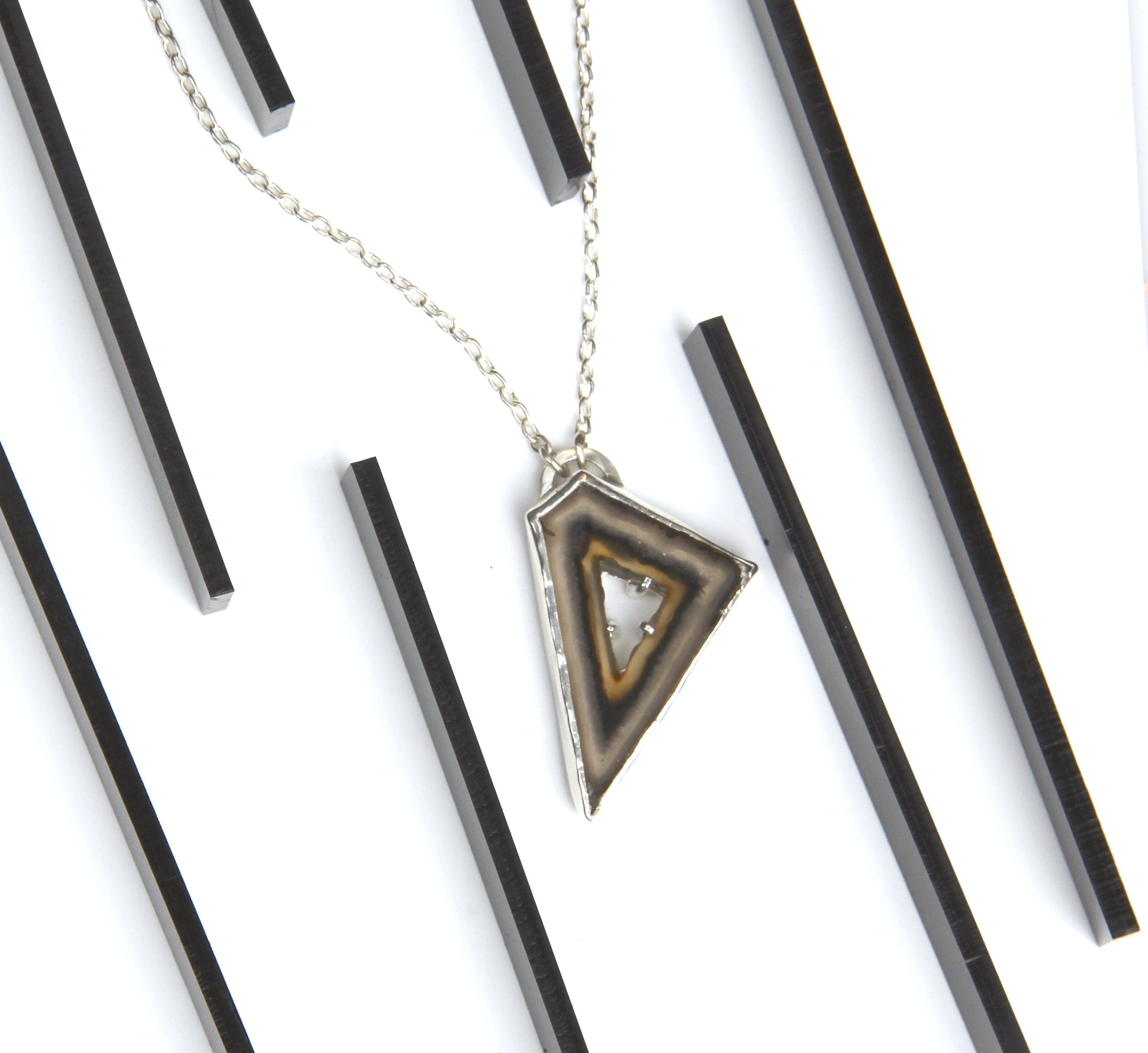 Polyhedron Agate Necklace