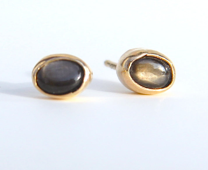 Black Star Saphire Earrings in Gold or silver