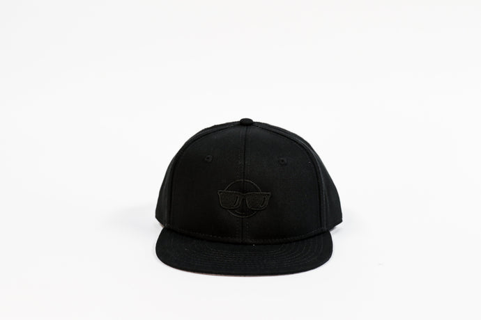 BLACK EMOJI FLAT BILL HAT