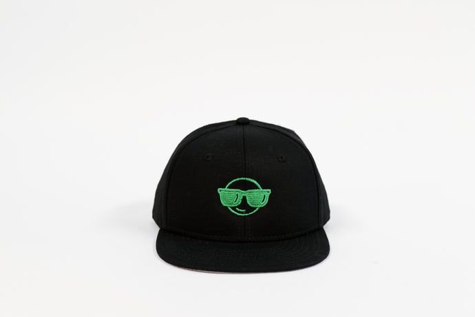 KELLY GREEN EMOJI FLAT BILL HAT