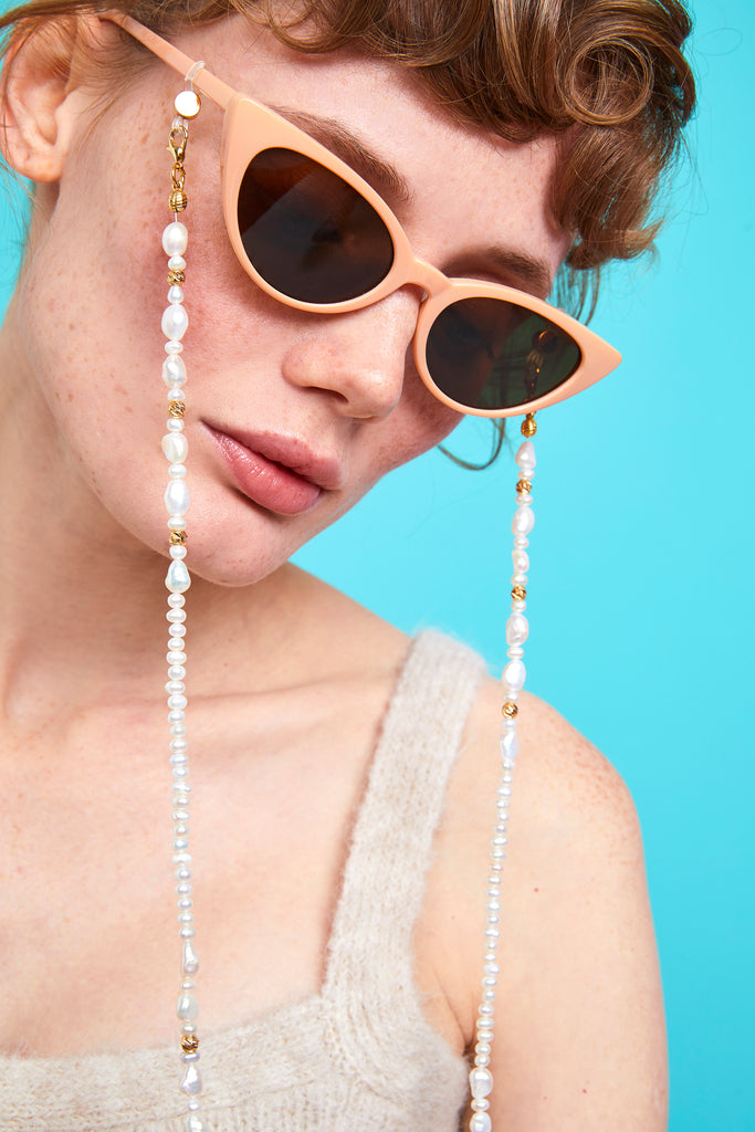 PEARL BAROQUE - Nottinghill, Sunglasses, Sun, Glasses, vintage, cat eye, women sunglasses, sunglasses, glasses, clear lens, accessory, necklace, fashion, style, trendy, cat eye, oversized, vintage, design, mirrored lens