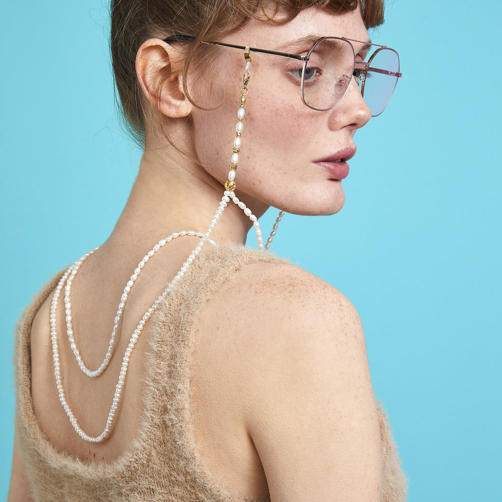PEARL SIGNATURE - Nottinghill, Sunglasses, Sun, Glasses, vintage, cat eye, women sunglasses, sunglasses, glasses, clear lens, accessory, necklace, fashion, style, trendy, cat eye, oversized, vintage, design, mirrored lens