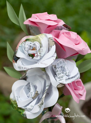 Gift Bouquet 8 Paper Rose with Greenery