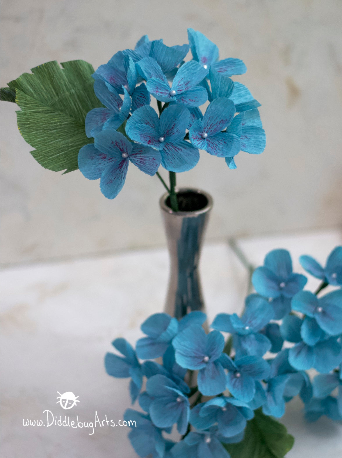 Crepe Paper Hydrangea Stem with Leaf