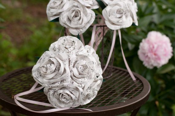 Wedding bouquet set with paper book page roses